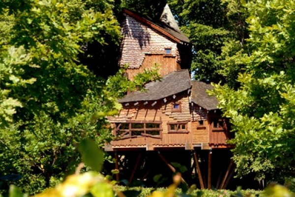 The Alnwick Garden Treehouse - Kids will love it!