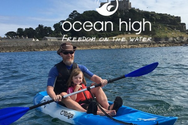 Kids Days Out Marazion showing Dad kayaking with daughter
