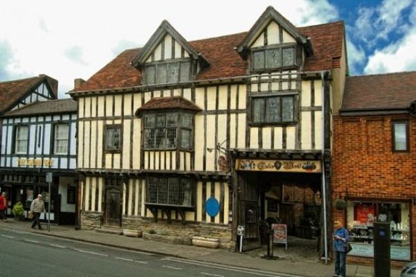 Enjoy history at Tudor World Warwick